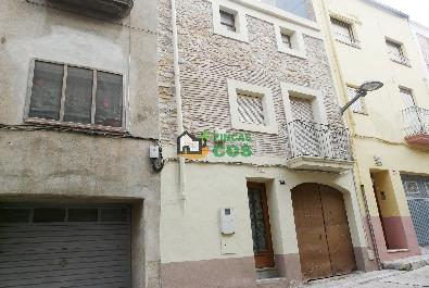 Casa de poble en venda a la comarca de la Conca de Barberà en bon estat i llista per ocupar en l'acte